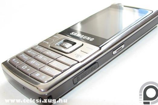 Samsung L700 - Ezüst középút