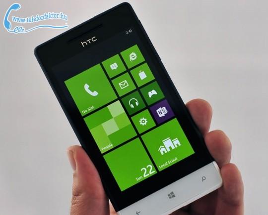 Windows Phone S8 by HTC