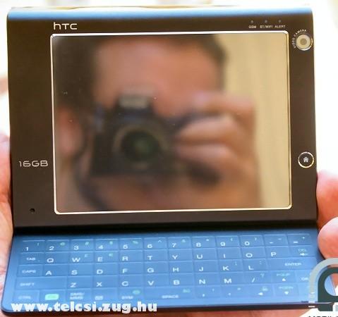 HTC X7510 kinyitva