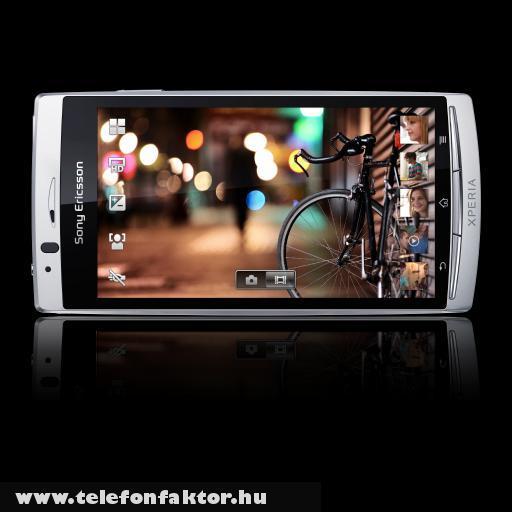Sony Ericsson Xperia arc S - gyors és okos